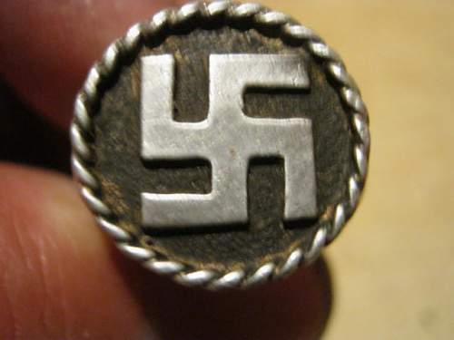 Swastika Ring found with Metaldetector