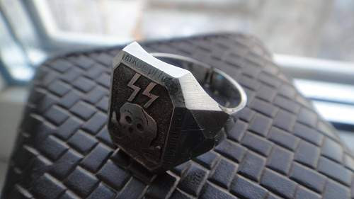 Click image for larger version.  Name:SS ring?2.jpg Views:219 Size:147.9 KB ID:916986