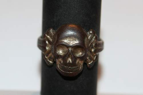 My alpaca skull ring