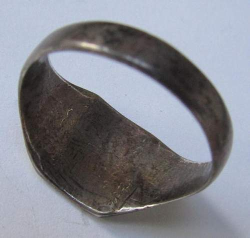 Krim 1943 Ring, opinions please?