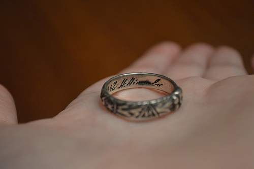 Thoughts on authenticity of SS honor ring