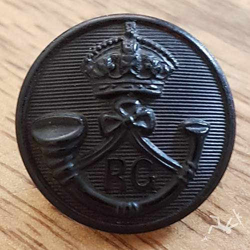Victorian Rifle/light infantry buttons