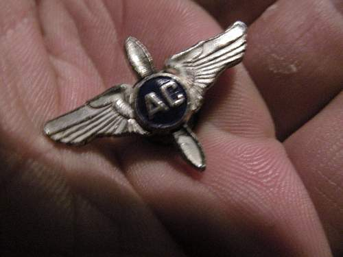 prop wings with ac Buttons American UK?