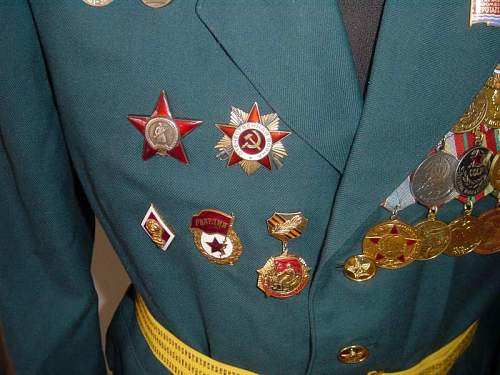 Click image for larger version.  Name:M69 Medical Colonel Parade Uniform Latvian 3.jpg Views:380 Size:62.5 KB ID:13484