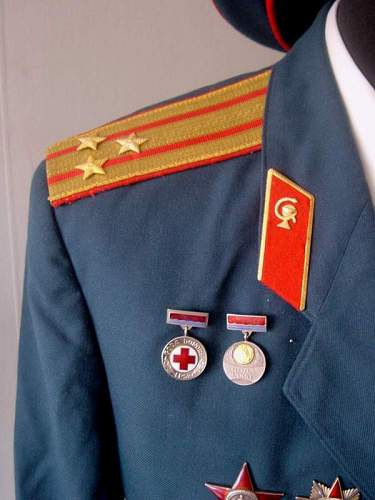 Click image for larger version.  Name:M69 Medical Colonel Parade Uniform Latvian 4.jpg Views:939 Size:45.3 KB ID:13485