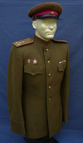 Victory Parade Uniforms - PLEASE HELP ME!!!