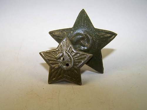 Click image for larger version.  Name:soviet buttons 001.jpg Views:140 Size:29.6 KB ID:57647