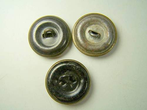Click image for larger version.  Name:soviet buttons 004.jpg Views:101 Size:57.6 KB ID:57810