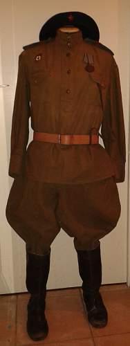 VVS female sergeant uniform