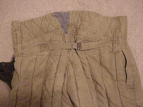 Click image for larger version.  Name:Russian Winter trousers-4.JPG Views:40 Size:56.1 KB ID:657489