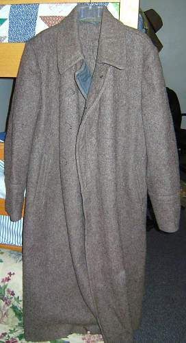 Need help dating a greatcoat