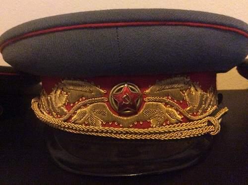 M35? Soviet Marshall's dress visor question
