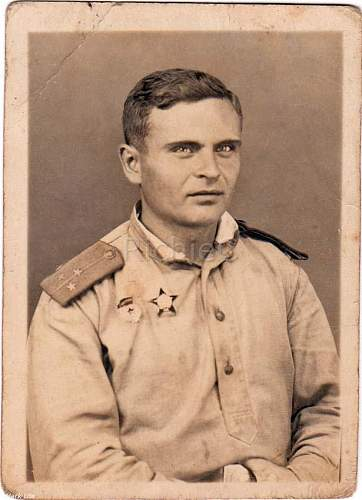 Click image for larger version.  Name:1 - Leutenant_Order.Badge.Hungary.1944.a.jpg Views:47 Size:63.8 KB ID:785833
