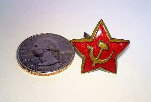 Star and sickle cap badge