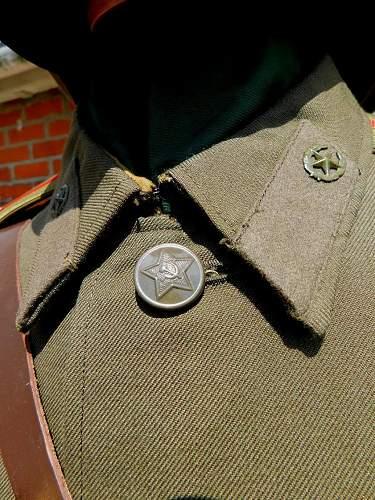 Click image for larger version.  Name:Sov service dress collar detail.2.jpg Views:8 Size:241.8 KB ID:974740