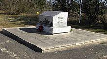 Name:  220px-American_Carpetbaggers_War_Memorial_-_geograph.org.uk_-_372660.jpg Views: 39 Size:  9.0 KB