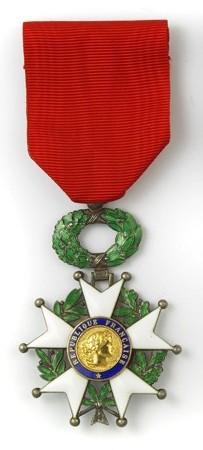 Name:  Chevalier_légion_d'honneur.jpg Views: 19 Size:  29.6 KB