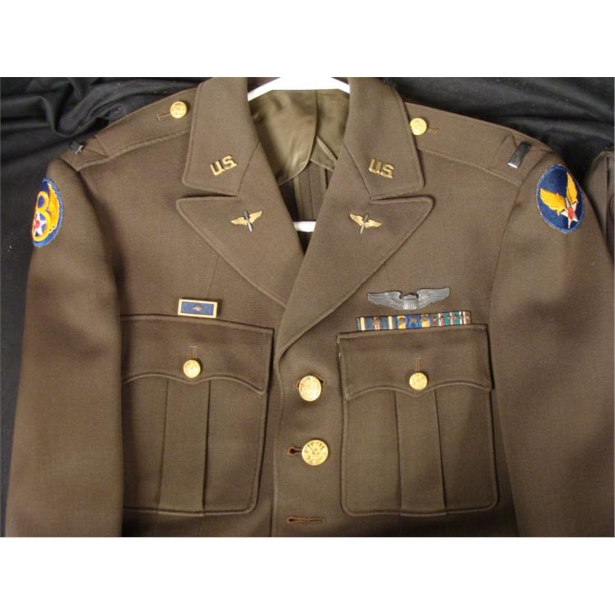 US military uniforms: Why is the flag on the right
