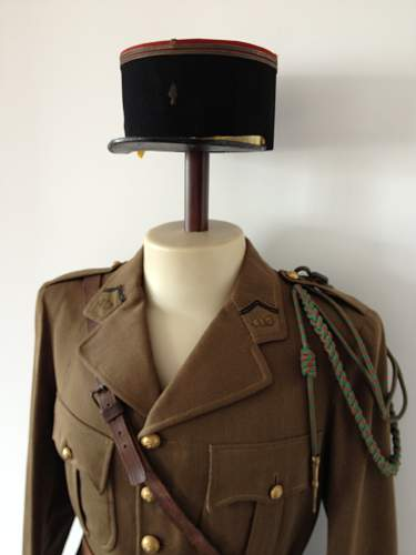 Click image for larger version.  Name:frenchww2officer2.jpg Views:4 Size:223.1 KB ID:1112251