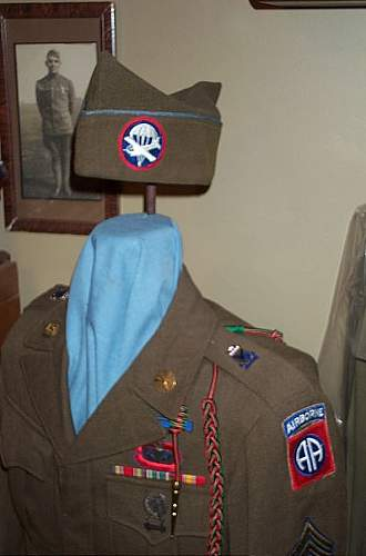 Click image for larger version.  Name:82nd & 17th Abn Tunic 001.jpg Views:1148 Size:41.5 KB ID:114264