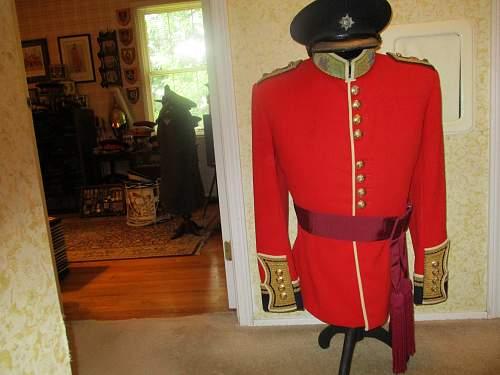 Irish Guards officer's dress tunic