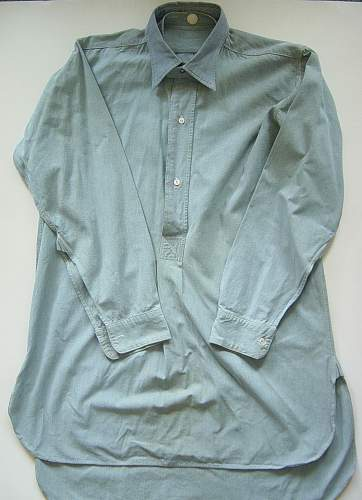 Click image for larger version.  Name:RAF issue shirts 001.jpg Views:162 Size:249.7 KB ID:131107