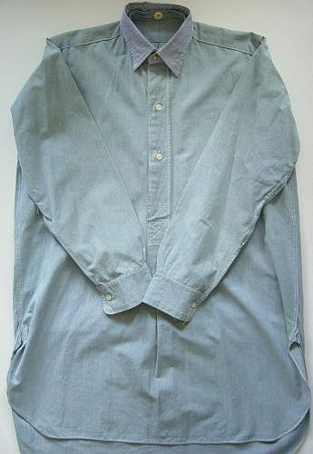 Click image for larger version.  Name:RAF issue shirts 003.jpg Views:1207 Size:254.0 KB ID:131109