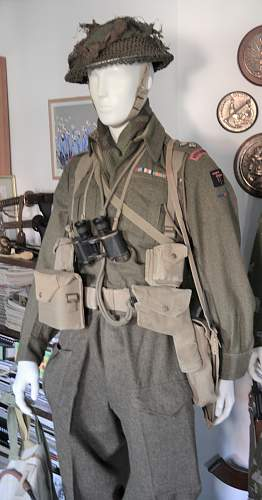 British battledress in 1944 - was it common to wear blouses and trousers of different shades?