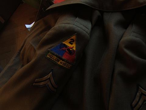 Name:  giacca seconda guerra.jpg Views: 1460 Size:  31.6 KB