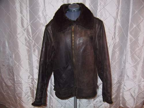 Help identify this old bomber jacket.