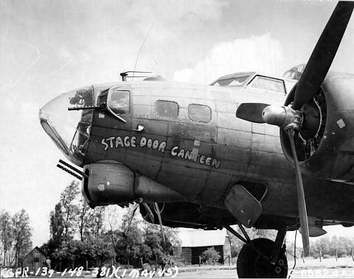 Click image for larger version.  Name:STAGE+DOOR+CANTEEN+2.jpg Views:1955 Size:187.7 KB ID:212250