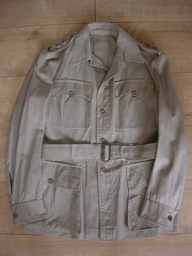Click image for larger version.  Name:KD Officers jacket 001.jpg Views:3237 Size:207.0 KB ID:219060