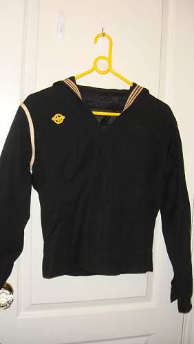 US Navy Uniform please help
