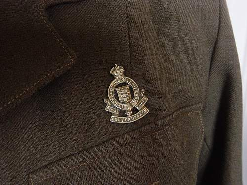 ATS 1941 pattern service dress and cap (named)