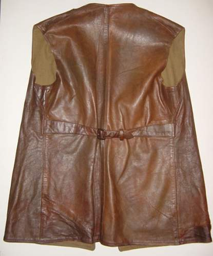 Click image for larger version.  Name:ATS 1st pattern leather jerkin, reverse..jpg Views:270 Size:242.6 KB ID:317631