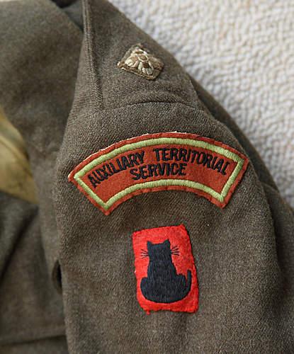 Help Please! Canadian made ATS battledress Jacket