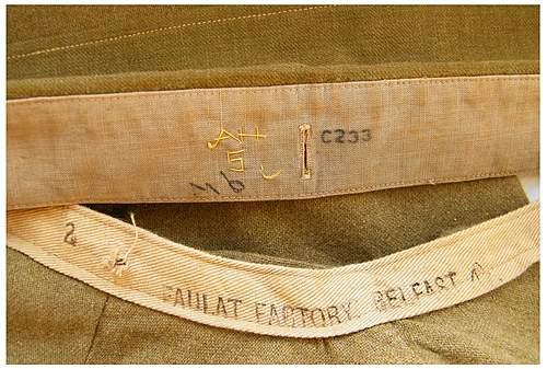 British OR's collarless shirt and collar