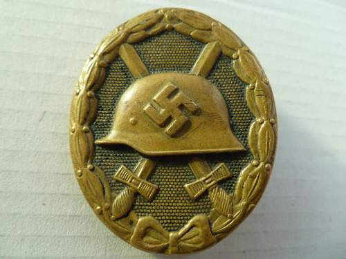 Click image for larger version.  Name:mr powell badge1.JPG Views:73 Size:164.2 KB ID:399801