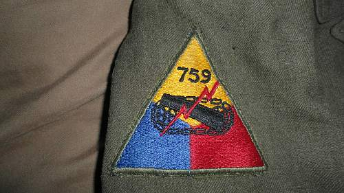 Need Help identifying PINs/PATCHes on uniform and garrison please