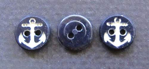 USN Buttons-WW2 ?