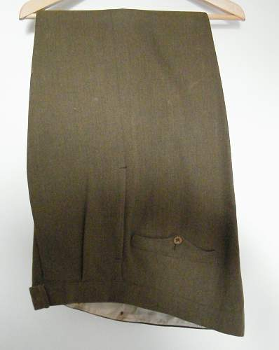 Click image for larger version.  Name:Lt col SD trousers.jpg Views:55 Size:172.9 KB ID:510721