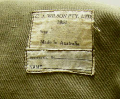 Korean war battle dress grouping to an australian in the canadian army