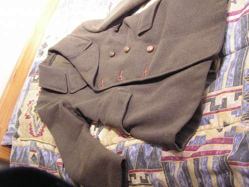 original button on this canadian army coat