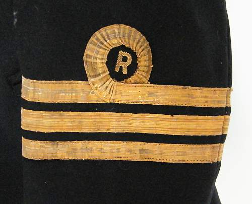 Click image for larger version.  Name:RN reserve tunic cuff insignia.jpg Views:1145 Size:259.3 KB ID:525928