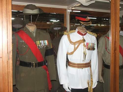 Australian WW1 & WW2 uniform displays