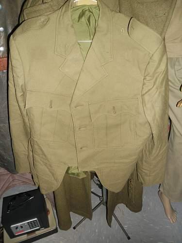 vietnam era australian pipers service dress ????