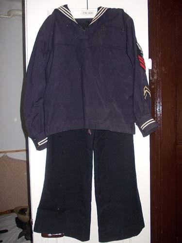 US Navy uniform - ww2 or post-war?