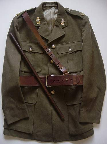 Click image for larger version.  Name:Service dress uniform, Sam Brown Belt and swagger stick 001.jpg Views:3863 Size:242.0 KB ID:62525