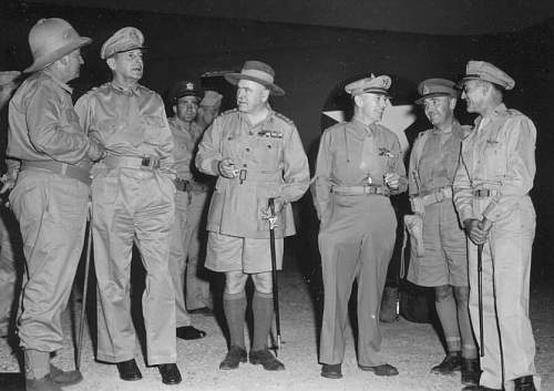 WWII AIF First Lieutenant's Uniform (KD Tunic)