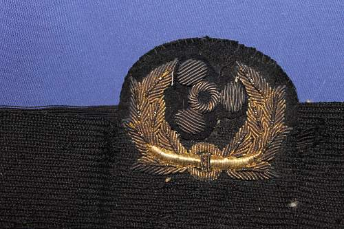 Help to id naval officer cap cockade
